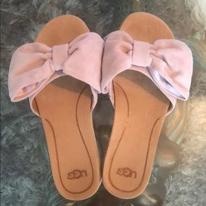 Ugg bow sandals